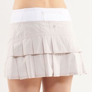 Lululemon Pace Setter Skirt (Regular) Dune / White